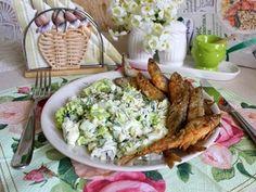 Весенний салат с рисом Актавика  mix и жареная корюшка.