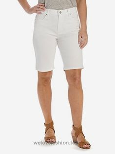 Complete your warm weather wardrobe with these women's shorts from Lee. In white. Warm Weather, Bermuda Shorts, White Shorts, Women Shorts, Fitness, Size 16, Products, Fashion, Moda
