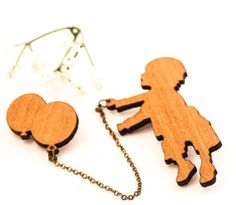 wood brooch girl and balloon brooch romantic brooch by dauz,