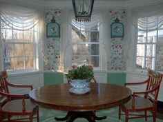 A Connecticut breakfast room.