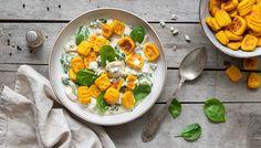Recept: Dýňové noky s nivovou omáčkou | od Lucky Grusové Whole 30, Low Carb Keto, Lchf, Curry, Vegetables, Fruit, Ethnic Recipes, Food, Salt