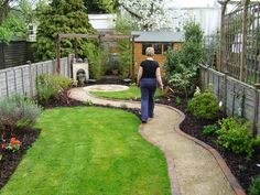 small but perfectly formed small garden design beckenham