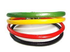 Veja nosso novo produto Pulseira de Couro Reggae! Se gostar, pode nos ajudar pinando-o em algum de seus painéis :)