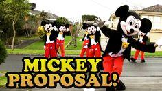 Heiratsantrag: Mickey Mouse begeistert das Netz  Mehr unter >>> http://a24.me/1kG0mUw