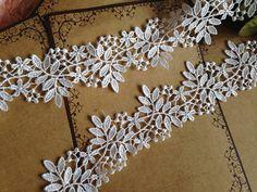 Cream White Venice Lace Trim Floral Leaves Lace by Lacebeauty