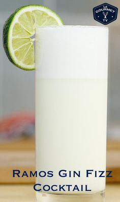 This is a cocktail with a rich silky texture thanks to the cream and egg white. Gin Fizz Cocktail, Gin Cocktail Recipes, Signature Cocktail, Fun Cocktails, Drink Recipes, Cocktail Videos, Beach Drinks, Yummy Drinks, Yummy Food
