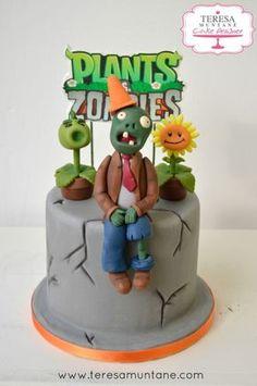 tarta plants vs zombies fondant bizcocho teresa muntane 1 Más Zombie Birthday Cakes, 9th Birthday Cake, Zombie Birthday Parties, Zombie Party, Plants Vs Zombies, Zombies Vs, Plant Zombie, Plant Vs Zombie Cake, Plantas Versus Zombies