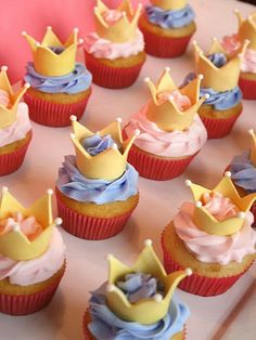 These crown-topped cupcakes are super popular. #birthday http://www.ivillage.com/gorgeous-princess-birthday-cakes/6-b-432320#475192