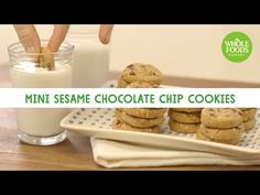 recipe from Wholefoods Whole Foods Market, Healthy Cookies, Cookie Bars, Chocolate Chip Cookies, Whole Food Recipes, Breakfast, Mini, Morning Coffee, Healthy Biscuits