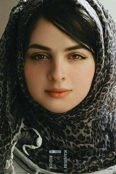 Beautiful Faces – Upload and share your images Beautiful Muslim Women, Beautiful Hijab, Beautiful Girl Image, Beautiful Eyes, Beautiful People, Moslem, Arabian Beauty, Muslim Beauty, Exotic Beauties