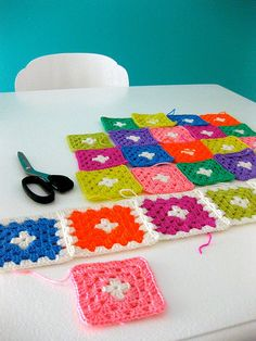 crochet granny squares... this is a unique pattern for them.
