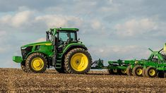 Breaking Down the New John Deere Series Tractor Updates Old Ford Trucks, Lifted Chevy Trucks, Pickup Trucks, Jd Tractors, John Deere Tractors, Air Seat, Agriculture Tractor, Farm Lifestyle, New Tractor