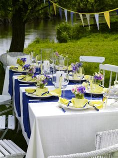 Decoration, Amazing Outdoor Clean White Summer Table Decorations Setting Blue Yellow Bonbons For 10 Person: Creative Ideas Homemade Summer Table Decorations For Garden Party Summer Table Decorations, Garden Party Decorations, Decoration Table, Summer Parties, Garden Parties, Outdoor Parties, Swedish Recipes, Clipart, Tapas