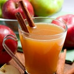 Detox Tea Recipe Beverages with hot water, apple cider vinegar, lemon, raw honey, cinnamon