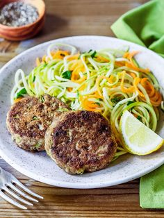 These tuna cakes are a great way to use canned tuna in a new and flavorful way. Halibut Recipes, Lobster Recipes, Paleo Zucchini Recipes, Healthy Recipes, Paleo Ideas, Paleo Food, Healthy Eats, Shellfish Recipes, Seafood Recipes