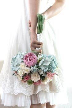 Wedding Bouquet And Flowers Creative Concepts - Have A Look At Our Best Wedding Flowers And Bouquet Ideas In Order To Get Ideas For Your Special Day.