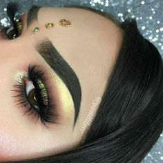 Here's another Fall Glam using PRISM palette. Who else is obsessed with this beauty? Help me tag ABH . Makeup Goals, Makeup Inspo, Makeup Inspiration, Beauty Makeup, Eye Makeup, Hair Makeup, Hair Beauty, Makeup Ideas, Gorgeous Makeup
