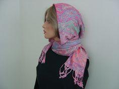 Weiteres - Kapuzenschal Kaschmir Ida Paisleymuster - ein Designerstück von hofatelier-mode bei DaWanda