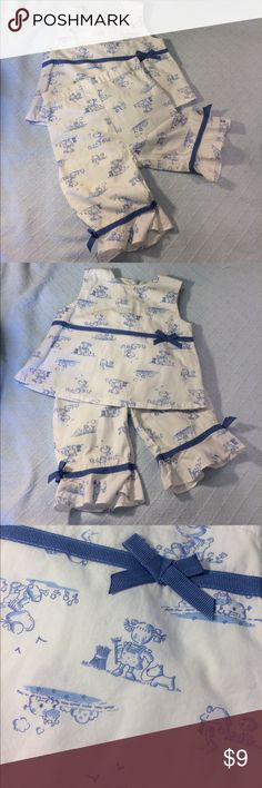 """Adorable summer girls set It doesn't have to be """"name brand"""" to be adorable! Vitamins. Sz 24 mo girls summer set. Sleeveless top with Capri pant mimics a toile print. So so cute and cool for summer. No trades. Price firm. EUC. Vitamins Baby Matching Sets"""