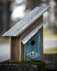 Unique and Beautifully Designed Barn Wood Birdhouse by KTCustomInnovations on Etsy