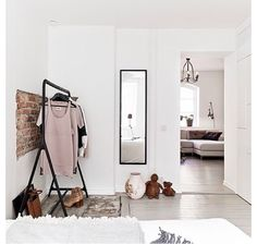 'Minimal Interior Design Inspiration' is a biweekly showcase of some of the most perfectly minimal interior design examples that we've found around the web - Interior Design Examples, Interior Design Inspiration, Design Ideas, Design Trends, Inspiration Dressing, Home Bedroom, Bedroom Decor, Nordic Bedroom, Bedroom Corner