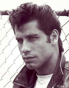 Young John Travolta in Black L. is listed (or ranked) 4 on the list 18 Pictures of Young John Travolta John Travolta Em Grease, John Travolta Young, Grease Movie, Danny Grease, Grease 1978, Nicki Minja, Couple Halloween Costumes, Teen Costumes, Woman Costumes
