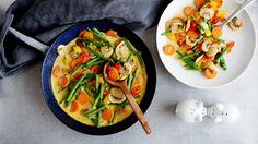 Gemüse-Pfanne - 170 kcal, 9 g Eiweiß, 7 g Fett, 17 g Kohlenhydrate, 9 g Ballaststoffe - http://www.ndr.de/ratgeber/kochen/rezepte/rezeptdb6_id-9642_broadcast-1530_station-ndrtv.html