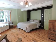 Our new Signature King Suite in the Laurentians. Romantic Room, Photo Galleries, Spa, Cozy, Rooms, King, Gallery, Furniture, Home Decor