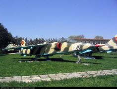 Photo of 002 - - Romania - Air Force Us Air Force, Bucharest, Photo Online, Romania, Fighter Jets, Aviation, Aircraft, Military, Building