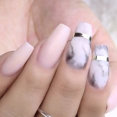 ⠀ Nails by @yiredelcastillo