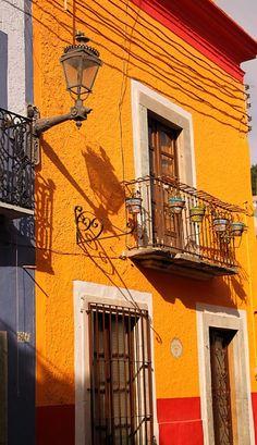Beautiful Guanajuato http://www.travelandtransitions.com/our-travel-blog/mexico-2010/mexico-travel-guanajuato-el-pipila/