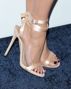 Jennifer Lopez – Shoe Capsule Collection Launch in Los Angeles 2017 Stilettos, Pumps, Jennifer Lopez Feet, Beautiful High Heels, Beautiful Toes, Pretty Toes, White High Heels, Sexy Sandals, Strappy Heels