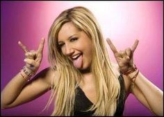 Ashley Tisdale - Satanic hand signal