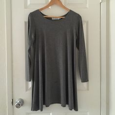 RES- Fighting Eel Gray Kensie Size Small.  Used but in good condition.  Small oil at the bottom of dress.  Easily can come out with baking soda, water and a toothbrush . Very Minor Piling in common areas. Fighting Eel Dresses Midi