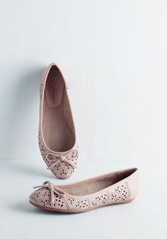 Keep yourself grounded with cute and trendy women's flats from ModCloth. Find your fit in black flats, women's flat sandals & more. Coral Sandals, Pretty Sandals, Bridal Sandals, Pink Flats, Cute Flats, Bridesmaid Shoes, Sock Shoes, Women's Shoes, Retro Shoes