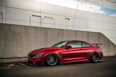 This is how a BMW M4 have to look like!! ☝ #bmw #m4 #f82 #m4f30 #dragonred #dragon #red #black #bmwm4 #carporn #sportcar #cars #car #porn #essen #essenmotorshow #essenmotorshow2016 #zperformancefelgen #zperformancewheels #zperformance #epic #monster #brutal