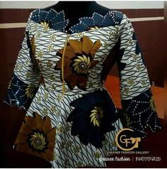 Ériger African Maxi Dresses, Latest African Fashion Dresses, African Dresses For Women, African Print Fashion, Africa Fashion, African Attire, African Wear, African Print Dress Designs, Afro