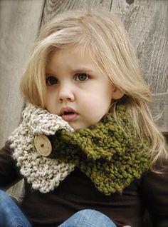 Ravelry: Venyce Cowl pattern by Heidi May Baby Knitting Patterns, Heidi May, Velvet Acorn, Knit Crochet, Crochet Hats, Crochet Pattern, Super Bulky Yarn, Cowl Scarf, Crochet Projects