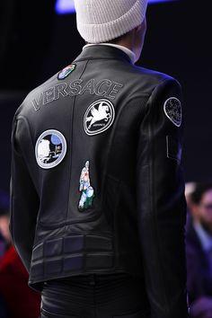 Versace Fall 2016 Menswear