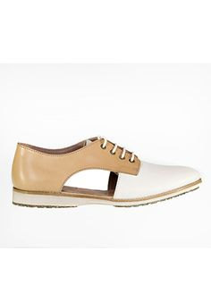 Rollie White Camel Sidecut Shoe – Compleat | Lee James Summer Shoes, Sperrys, Boat Shoes, Camel, Spring Summer, Footwear, How To Wear, Fashion, Moda
