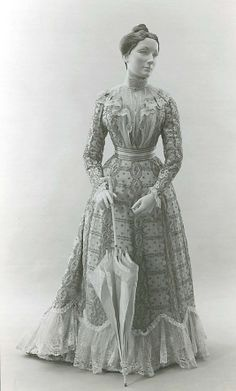 "Dress: 1899, French in silk. Style worn during ""The Guermantes Way."" (http://www.metmuseum.org/Collections/search-the-collections/80028699?advsrc=true=true=french=silk=any=any=8=date-earliest=Between=739=60=20=1171)"