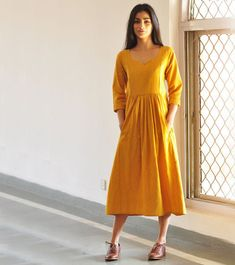 Exceptional boho dresses are offered on our web pages. Have a look and you wont be sorry you did. Designer Kurtis, Designer Dresses, Kurta Designs, Blouse Designs, Hippie Style, Boho Dress, Dress Skirt, Mode Hijab, Indian Designer Wear