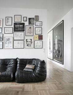design labyrinth white walls with black frames
