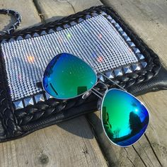 ⭐️JUST IN⭐️mirror aviator sunglasses Summer is here and so is the sunshine! Blue/green mirror sunglasses. trades, price is firm. Lexi's Boutique Accessories Sunglasses