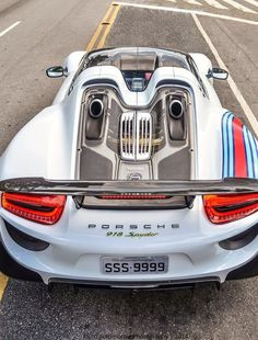 The Porsche 911 is a truly a race car you can drive on the street. It's distinctive Porsche styling is backed up by incredible race car performance. Porsche 918, Carros Porsche, Porsche Autos, Porsche Carrera, Porsche Cars, Maserati, Lamborghini, Ferrari, Bugatti