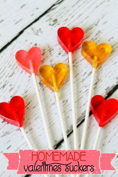 Homemade Valentines Suckers!! Recipe on { lilluna.com } #valentines
