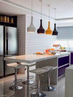 kitchen - cozinha- luminárias coloridas!