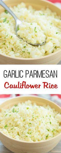 Garlic Parmesan Cauliflower Rice- 10/10 muy buen replacement a arroz, se puede preparar con diferentes spices. Le agregue un poco de chicken broth para que tenga mas sabor