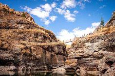 Keshwa Chaca, el último puente colgante Inca -