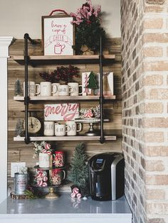 p/simple-hot-cocoa-bar-re-fabbed - The world's most private search engine Christmas Kitchen, Christmas Candy, Christmas Diy, Christmas Decorations, Christmas Treats, Holiday Wreaths, Rustic Christmas, Christmas Shirts, Christmas 2019